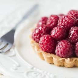 raspberry-sour-cream-tart-7f5e0b.jpg