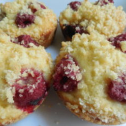 Raspberry strudel muffins