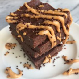 Raw Peanut Butter Cup Freezer Brownies
