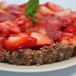 Raw Strawberry Tart (Vegan, Gluten-Free)