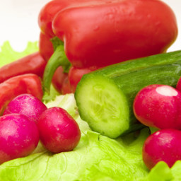 Raw Vegetables & Nuts