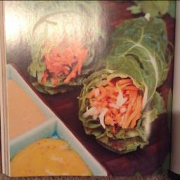 Raw Vietnamese Salad Rolls with 2 Sauces