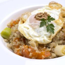 Receta de Quinoa con verduras y huevo frito