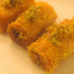 Recipe: Easy to Make Lebanese Baklava Rolls – Biklewa