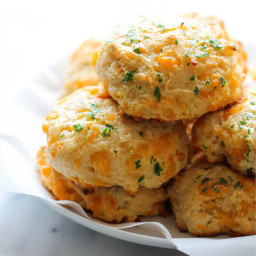 Red Lobster Cheddar Bay Biscuts