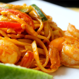 Red Thai Curry Shrimp Linguine