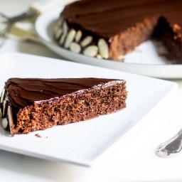 Reine de Saba (Chocolate and Almond Cake)