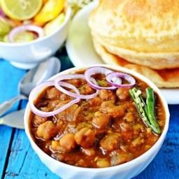 Restaurant Style Chole Bhature