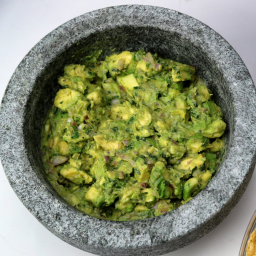 restaurant-style-guacamole-42562a.png