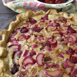 Rhubarb Strawberry Custard Pie