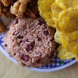 Rice and Beans with Coconut Milk (Resanbinsi)