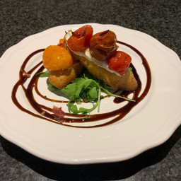 Ricotta and roast tomato bruschetta(Starter)