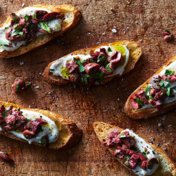 Ricotta Crostini with Spicy Kalamata Olives