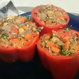 roasted-bell-peppers-stuffed-with-quinoa-32b2ef4bd24238b419f81000.jpg