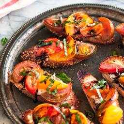 Roasted Heirloom Tomato and Goat Cheese Bruschetta