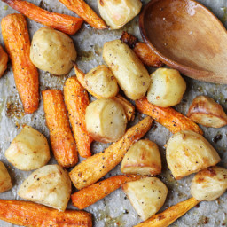 Roasted Potatoes and Baby Carrots With Garlic
