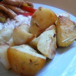 roasted-potatoes-with-garlic-and-ro-2.jpg