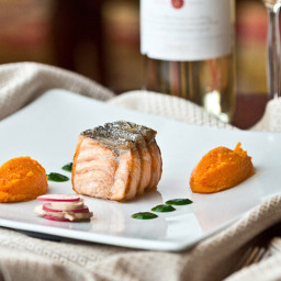 Roasted Salmon steak, carrot ginger, herbs juice recipe