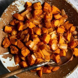 Roasted Sweet Potatoes With Smoked Paprika