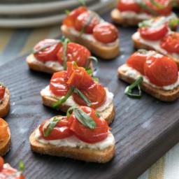 Roasted Tomato, Ricotta & Basil Crostini