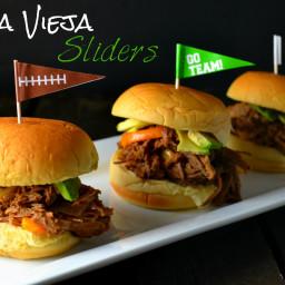 Ropa Vieja (Shredded Beef) Sliders
