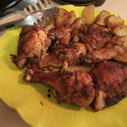 rosemary-roasted-chicken-with-potatoes-64363cdb0ffeb29194d33502.jpg