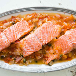 Salmon with Tomato, Onions, and Capers