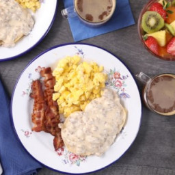 Sausage Biscuits and Gravy Recipe