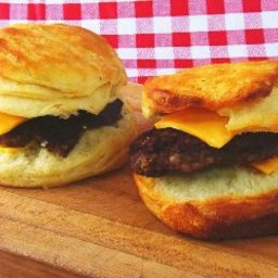 sausage-cheese-biscuits-3.jpg