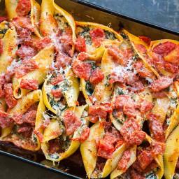 Sausage, Spinach, Ricotta Stuffed Pasta Shells