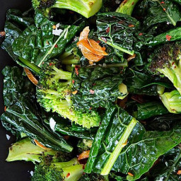 sauteed-broccoli-kale-with-toasted-garlic-butter-2703324.jpg