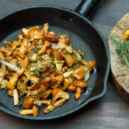 Sauteed Chanterelles with Thyme