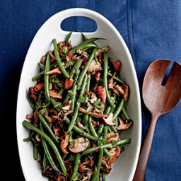 Sautéed Green Beans with Mushrooms and Garlic