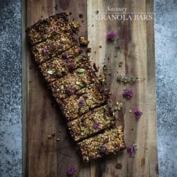 Savoury granola bars
