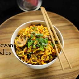 schezwan noodles recipe | chinese schezuan noodles recipe