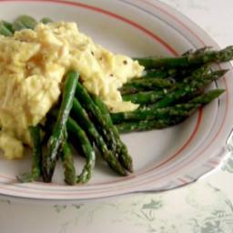 Scrambled Eggs over Asparagus