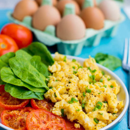 Scrambled egg with tomatoes