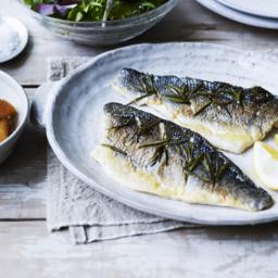 Sea bass fillet with rosemary, lemon and sea salt