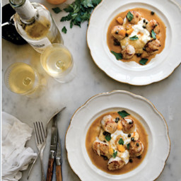 Sea Scallops With Cauliflower Purée And Capers