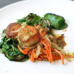 Seared Sea Scallops with Fresh Green Curry and Spinach