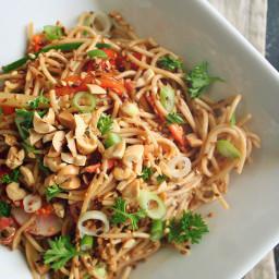 Sesame Ginger Soba Noodle Salad