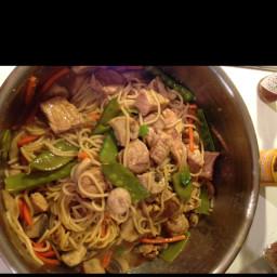 sesame-pork-lo-mein-3.jpg