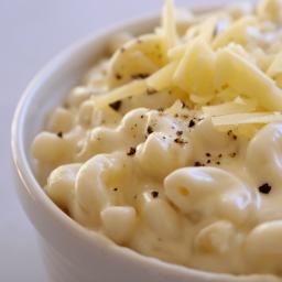 Sharp White Cheddar Mac n' Cheese