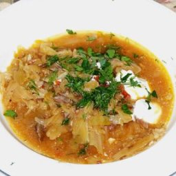 Shchi (Russian Sauerkraut Soup)