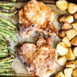 Sheet Pan Pork Chops, Potatoes, and Green Beans