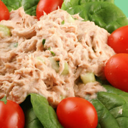 Simple and tasty tuna salad
