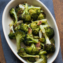 Simple Roasted Broccoli with Olive Oil and Garlic