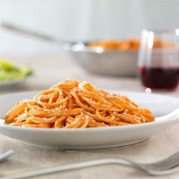 Simple Spaghetti with Creamy Marinara Sauce