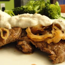 SIRLOIN STEAK IN PARMESAN-PEPPERCORN SAUCE (12)