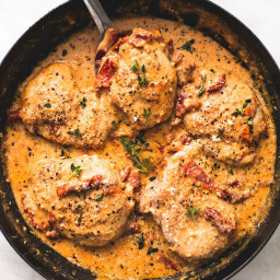Skillet Chicken in Creamy Sun Dried Tomato Sauce
